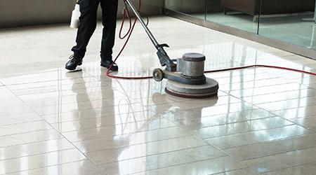Limpieza y Mantenimiento de Pisos